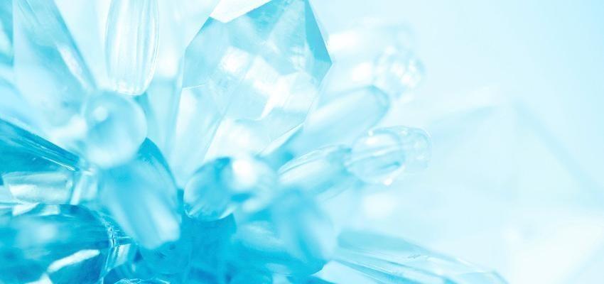 Fluorita, la piedra multidimensional que conecta con los cuerpos energéticos