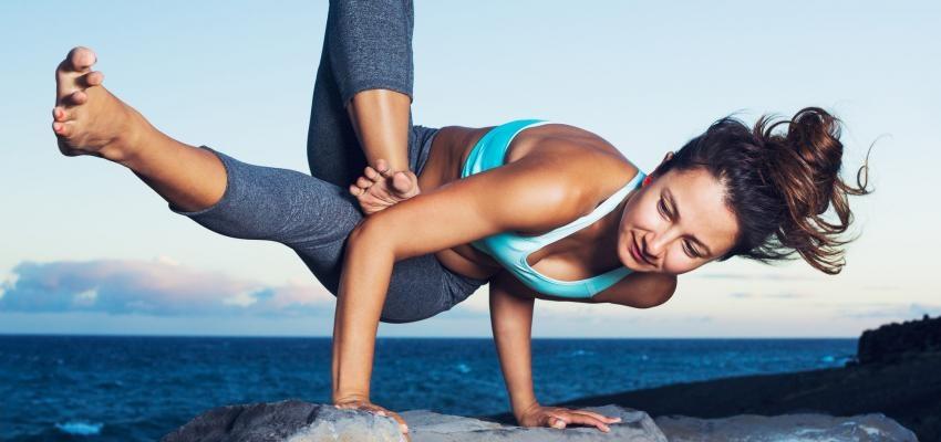 Nombres de las posturas del yoga, conoce qué significan