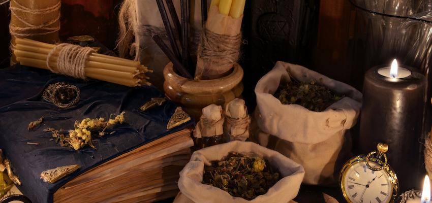 ¡Aprende como crear tu propio altar Wicca!
