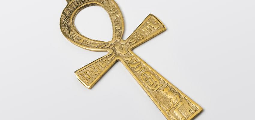 Amuletos Poderosos: El Ankh