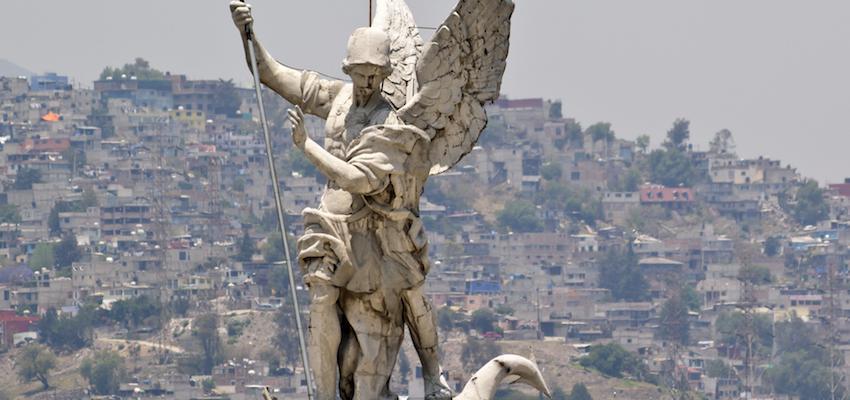 Arcángel Miguel, ¿Quién como Dios?, el guerrero espiritual