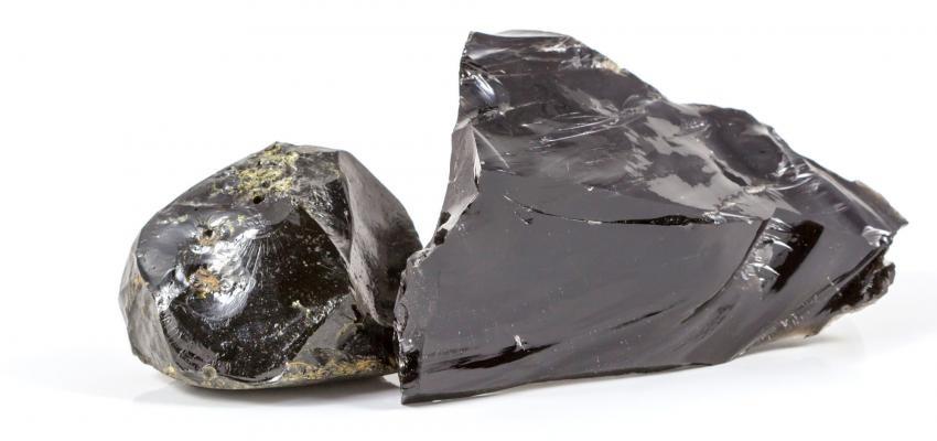 Obsidiana: conozca su poder y aprenda a meditar con ella