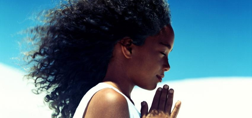 Oración al Justo Juez corta para dedicar un breve momento del día a rezar