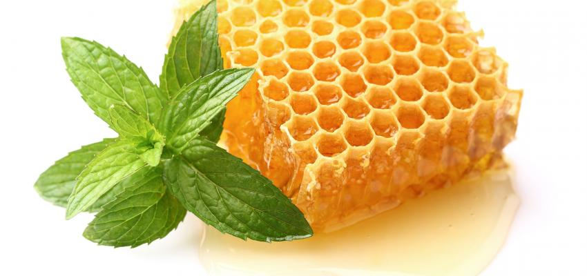Ba o con miel y menta para atraer la buena suerte wemystic - Banos para la buena suerte ...