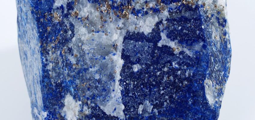 Utiliza lapislázuli para mejorar el equilibrio espiritual