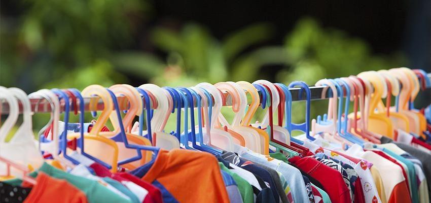 Consejos para limpiar energías negativas de la ropa