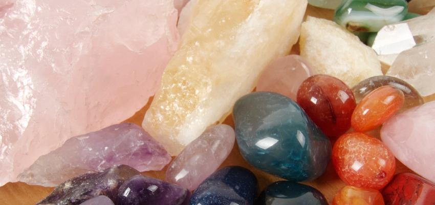 Litomancia: el arte de adivinar con piedras, cristales y gemas