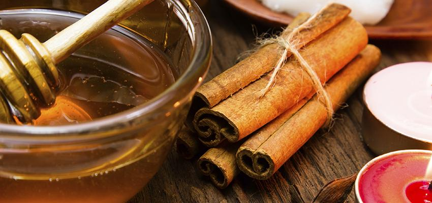 Hechizos de amor con miel, prueba dos poderosas opciones