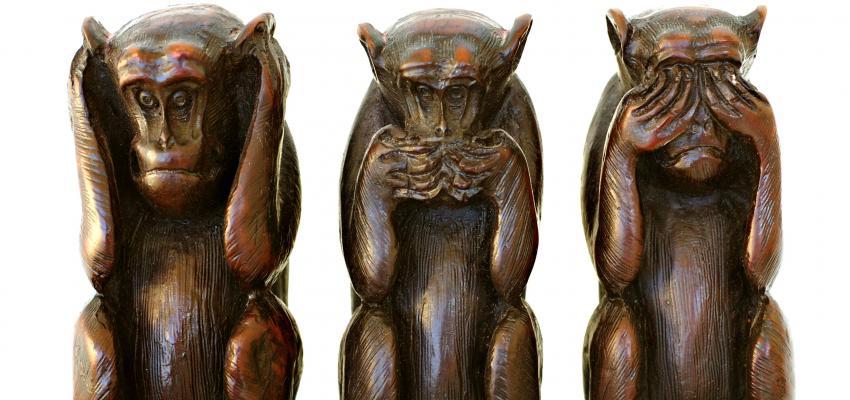 Los tres monos sabios: no ver el mal, no escuchar el mal, no decir el mal