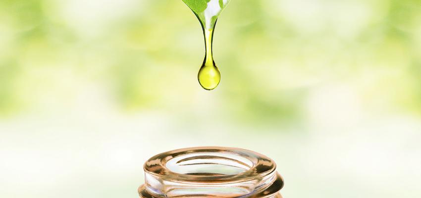 ¿Conoces el oil pulling? Detox y limpia con aceites naturales