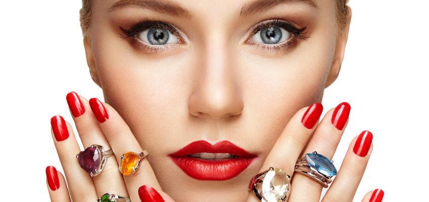 Conoce una piedra para el anillo de cada dedo