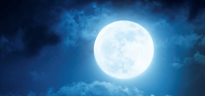 Ritual de la luna azul para el amor, el éxito, la salud y la abundancia