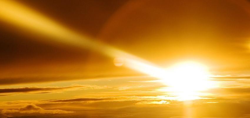 Descubre el ritual de los 108 Saludos al Sol