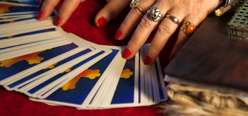 Cartas del tarot gitano, conoce su significado