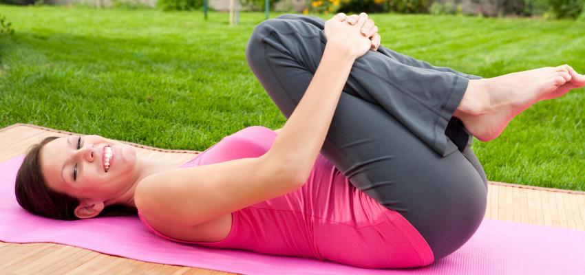 Aliviar el dolor con 3 sencillas asanas para la espalda