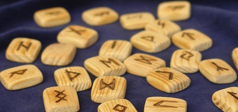 alfabeto de las runas futhark