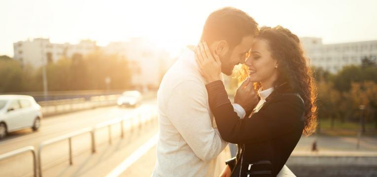 Atraer el amor con hechizos para viernes 13