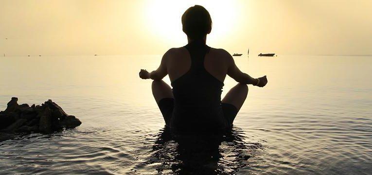 Ejercicios de concienciación para los 5 preceptos del Budismo