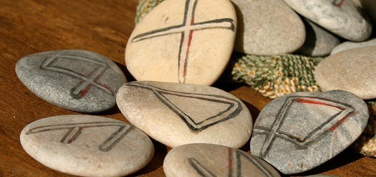 Consejos a tener en cuenta para tirar las runas para 2018