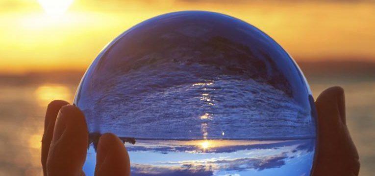 ¿Qué es el karma y cómo podemos eliminar el karma negativo?