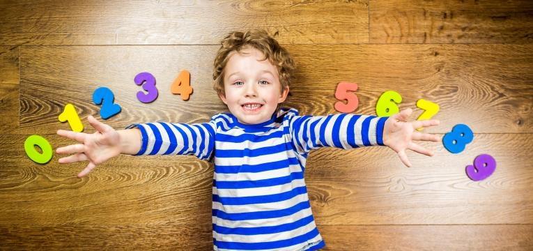 Cálculo la numerología del nombre para 2018, número por número