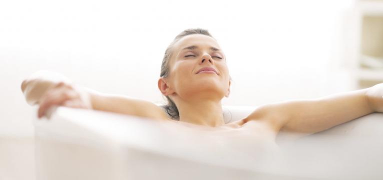 Baños de sal en la bañera